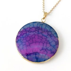 Gold-plated fire agate pendant necklace